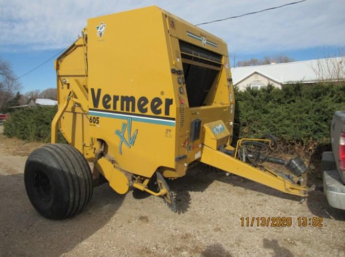 Vermeer 605XL Baler-Round For Sale