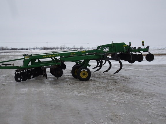 2009 John Deere 2700 Rippers For Sale