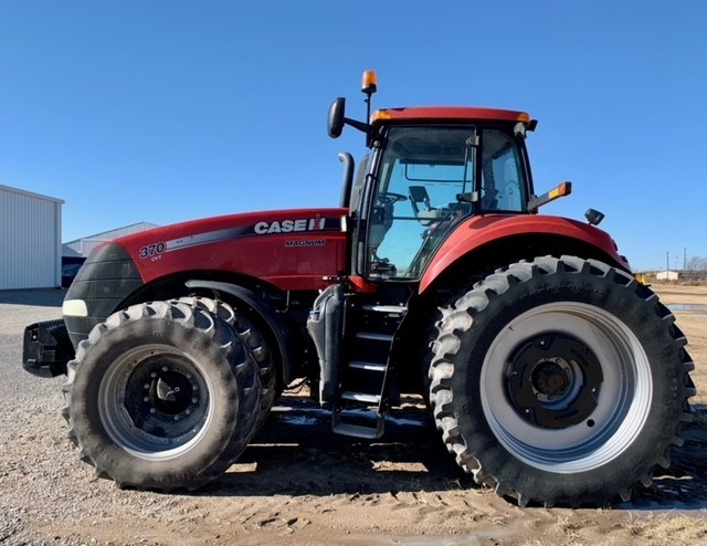 2014 Case IH MAGNUM 370 Tractor For Sale