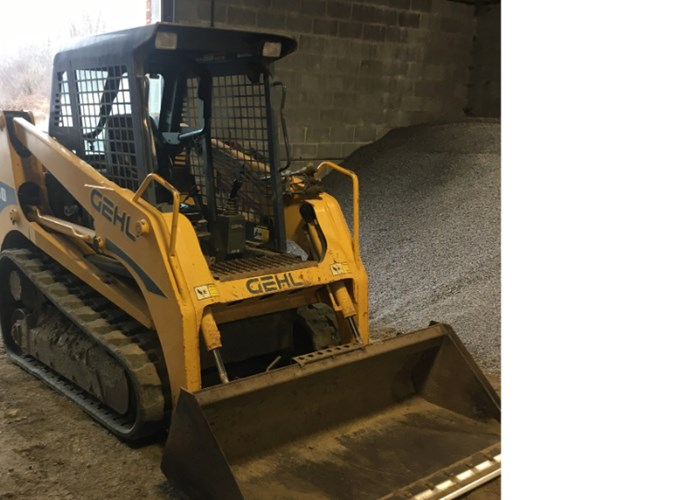 2009 Gehl 60 CTL Skid Steer-Track For Sale