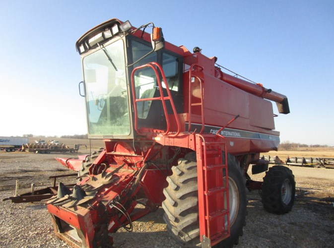1993 Case IH 1666 Combine For Sale