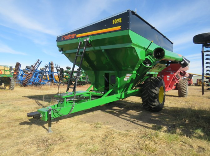 2020 Crust Buster 1075 Grain Cart For Sale