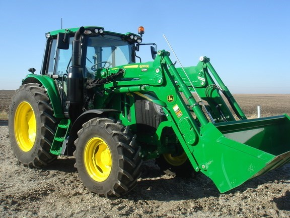 2020 John Deere 6110M Tractor - Utility For Sale