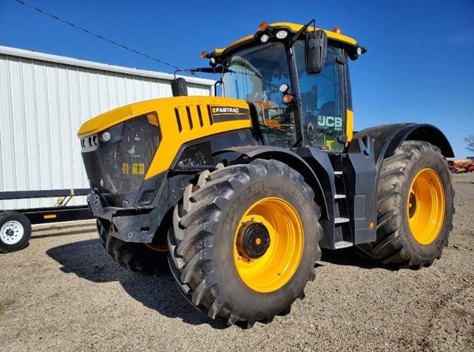 2018 JCB FASTRAC 8330 Tractor - 4WD For Sale