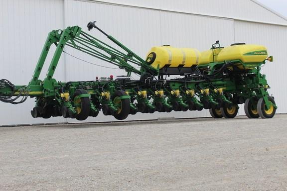 2012 John Deere 1770NT CCS Planter For Sale