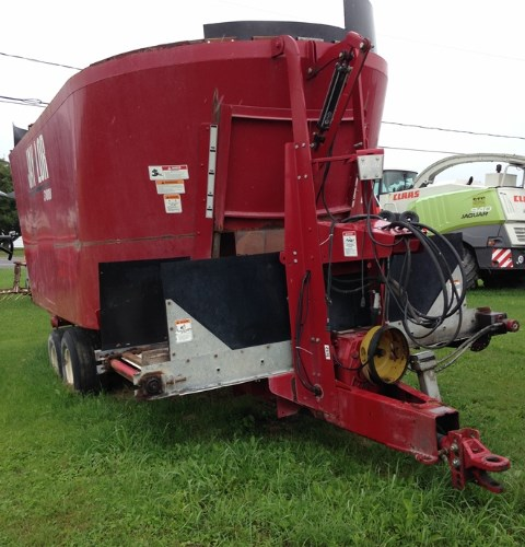 2016 Jaylor 3100 TMR Mixer For Sale