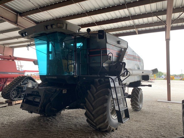 1996 Gleaner R62 Combine For Sale