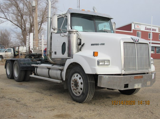 2004 Western Star 4900SA Misc. Truck For Sale