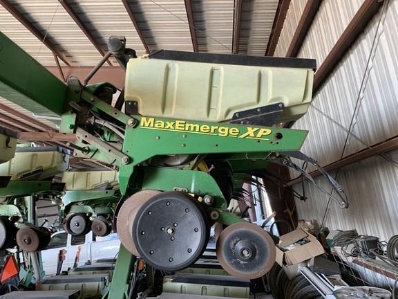 2009 John Deere 1720 Planter For Sale