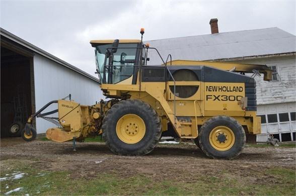 New Holland FX300 Forage Harvester-Self Propelled For Sale