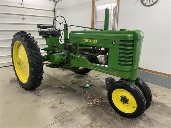 1952 John Deere B Tractor For Sale