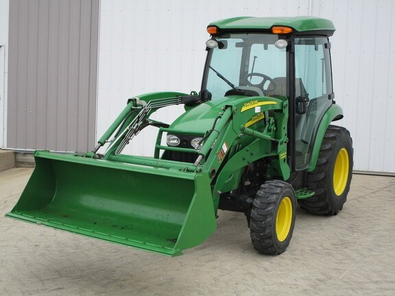 2009 John Deere 3720 Tractor - Compact Utility For Sale