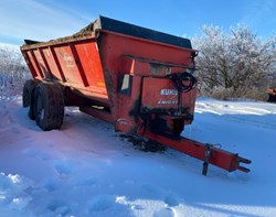 Manure Spreader-Dry For Sale: Knight 8124