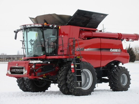 2015 Case IH 8240 Combine For Sale