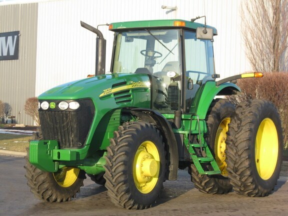 2004 John Deere 7820 Tractor - Row Crop For Sale