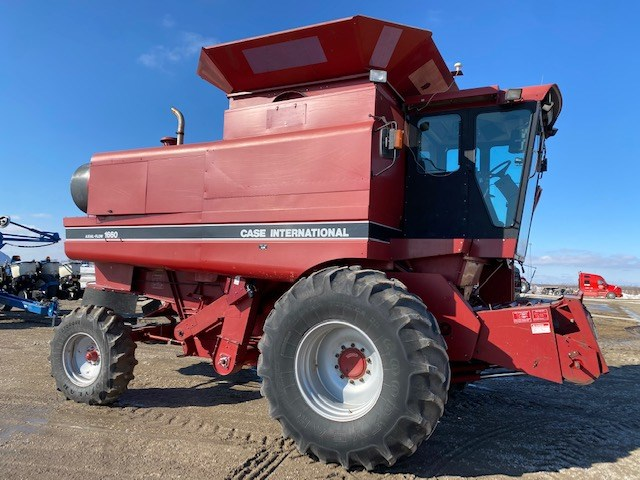 1992 Case IH 1660 Combine For Sale