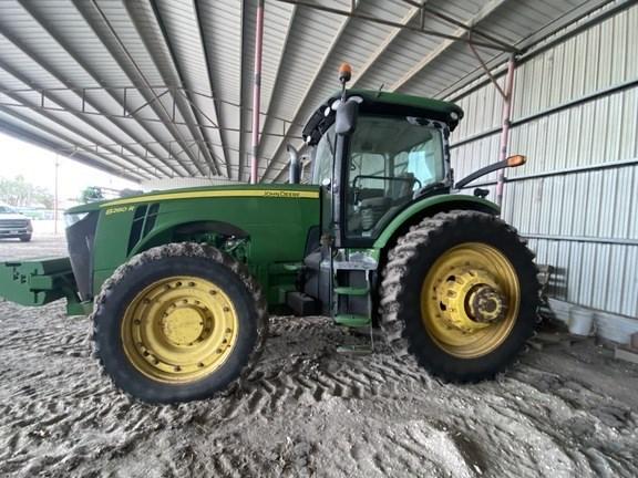 2011 John Deere 8260R Tractor - Row Crop For Sale