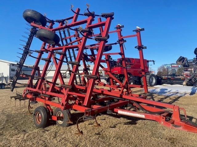1998 Case IH 4300 Field Cultivator For Sale