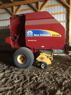 Baler-Round For Sale 2014 New Holland BR7090
