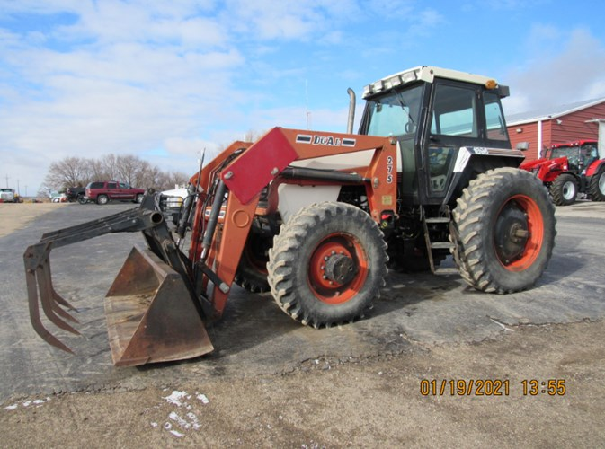 Case IH 1896 MFD Tractor For Sale