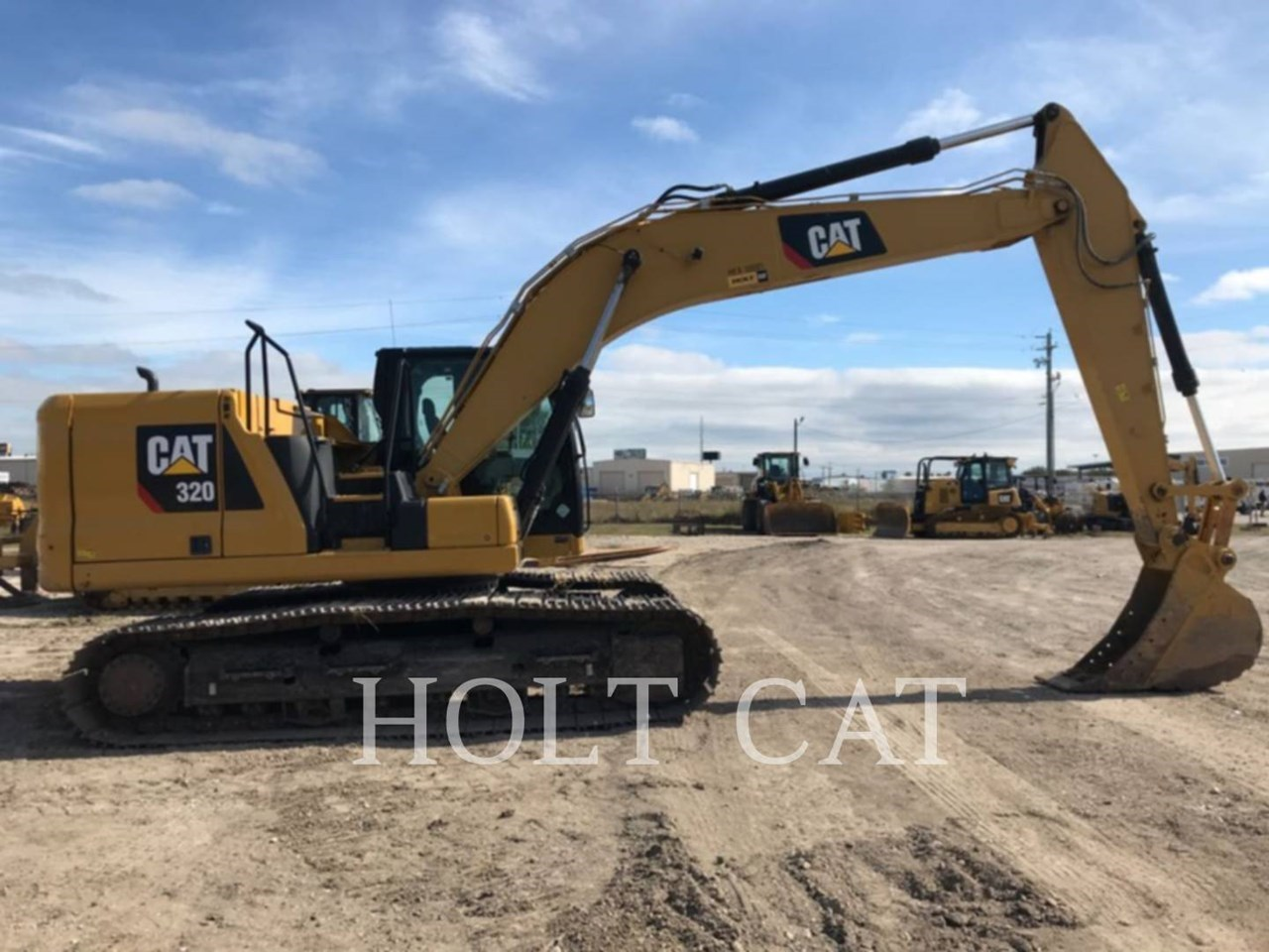 2019 Caterpillar 320 Image 3