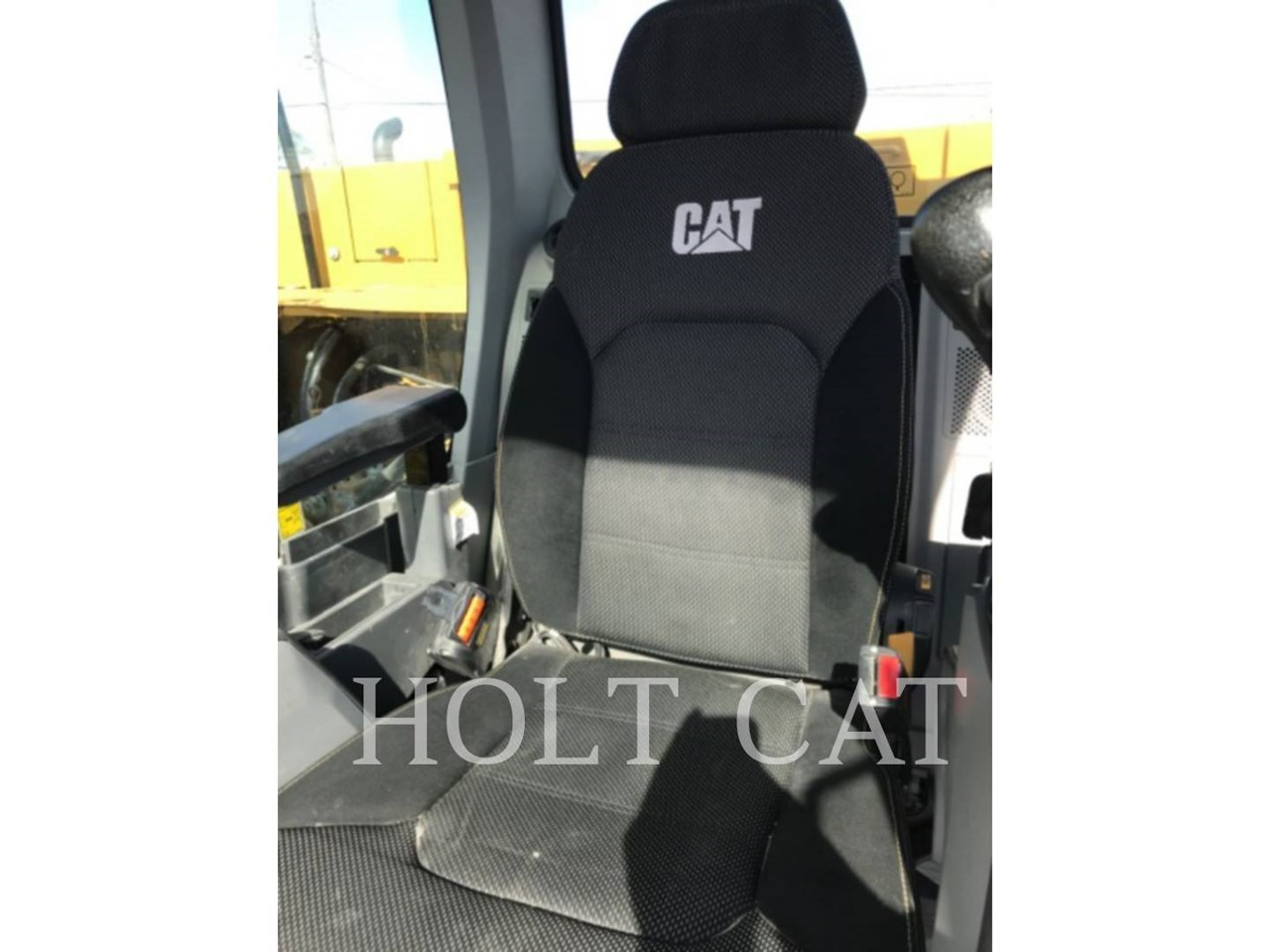 2019 Caterpillar 320 Image 7