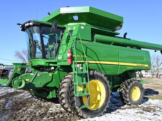 2009 John Deere 9670STS Combine For Sale