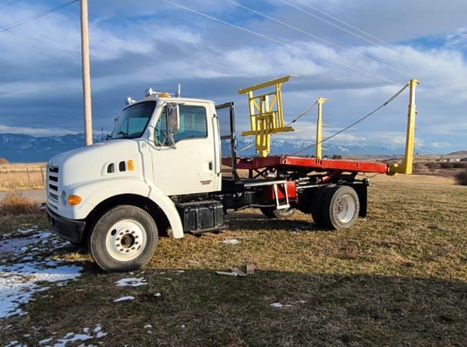 2001 New Holland 1052 Bale Wagon-Self Propelled For Sale