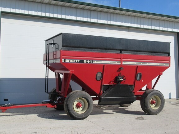 2000 Brent 644 Gravity Box For Sale
