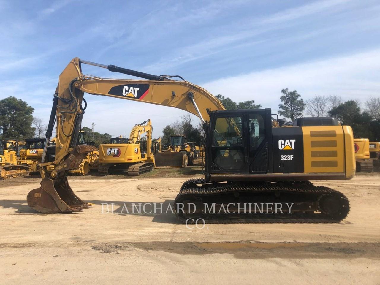 2017 Caterpillar 323FL Image 5