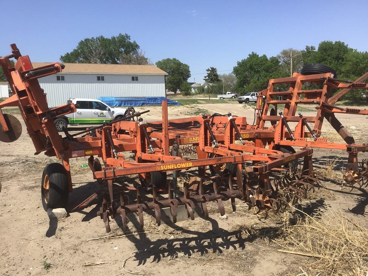 1992 Sunflower 3650-25 Image 2