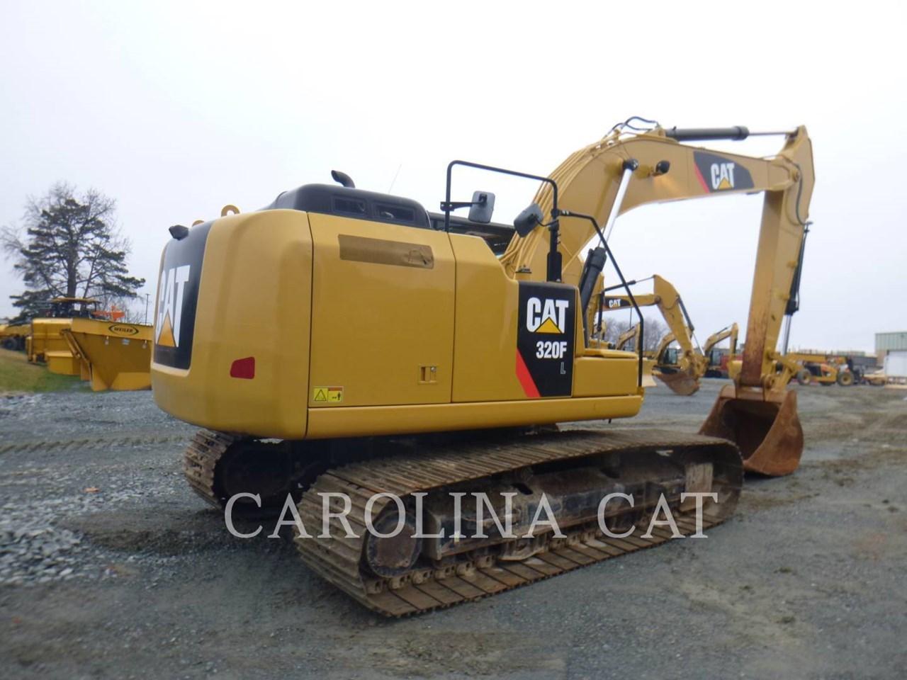 2017 Caterpillar 320FL Image 3