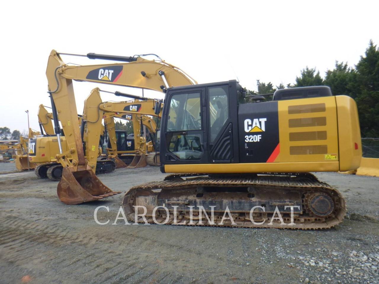 2017 Caterpillar 320FL Image 9