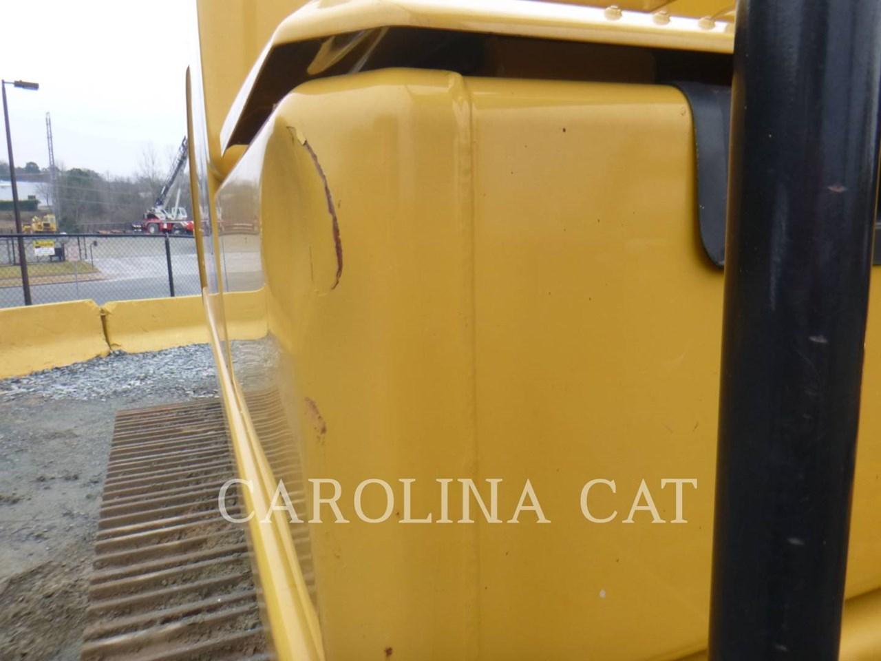 2017 Caterpillar 320FL Image 14
