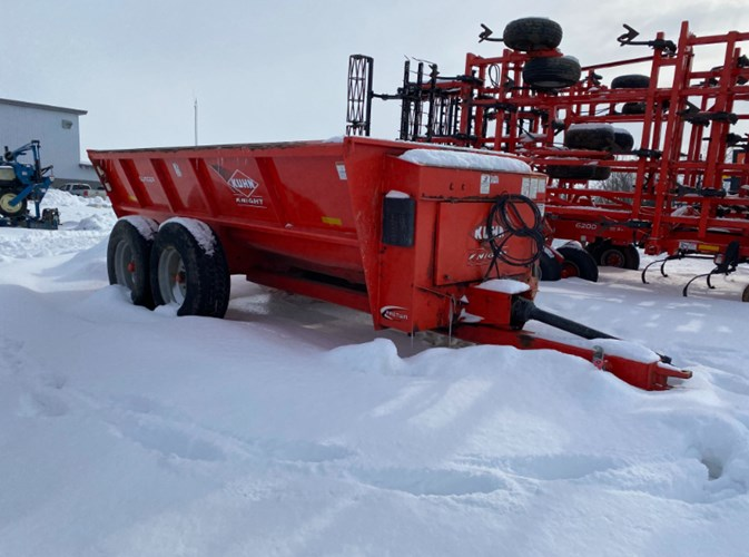 2008 Kuhn Knight 8118 Manure Spreader-Dry For Sale