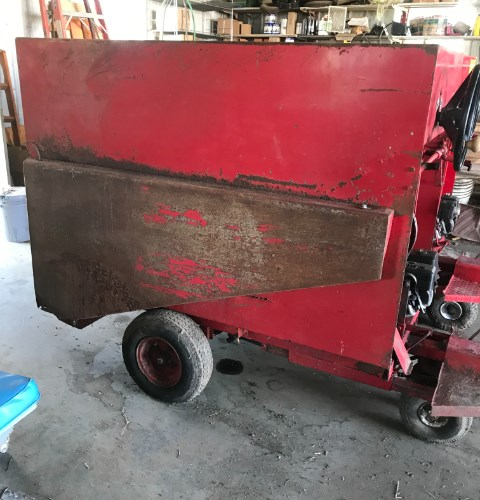 2017 Uebler 810 Feed Cart For Sale
