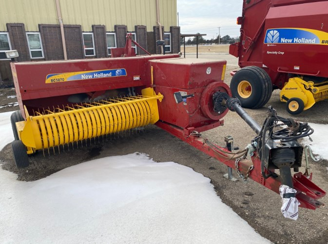 2017 New Holland BC5070 Baler-Square For Sale