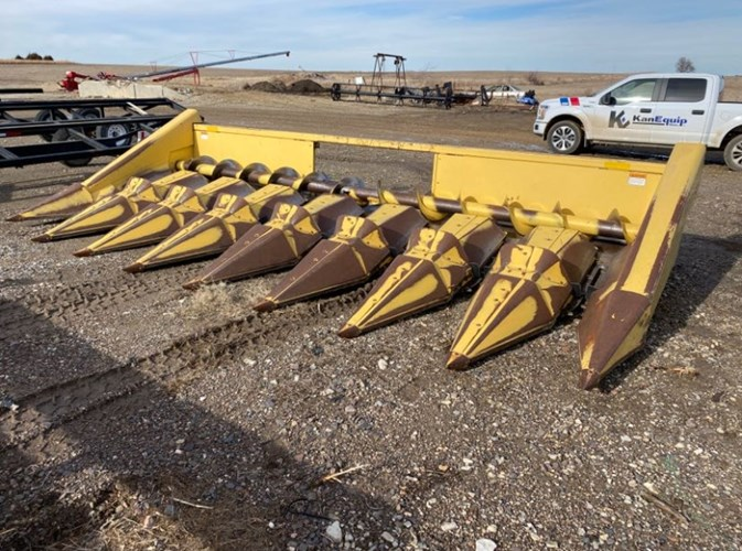 1996 New Holland 974-8R Header-Corn For Sale