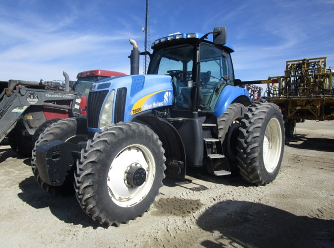 2008 New Holland T8020 Tractor For Sale