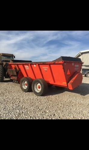 2015 Kuhn Knight 8124 Manure Spreader-Dry For Sale