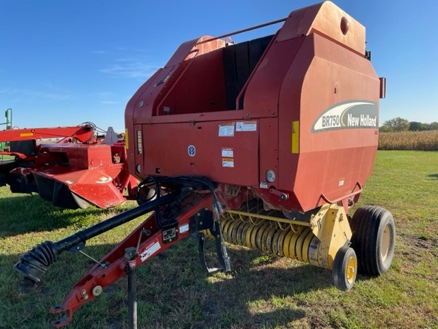 New Holland BR750 Baler-Round For Sale