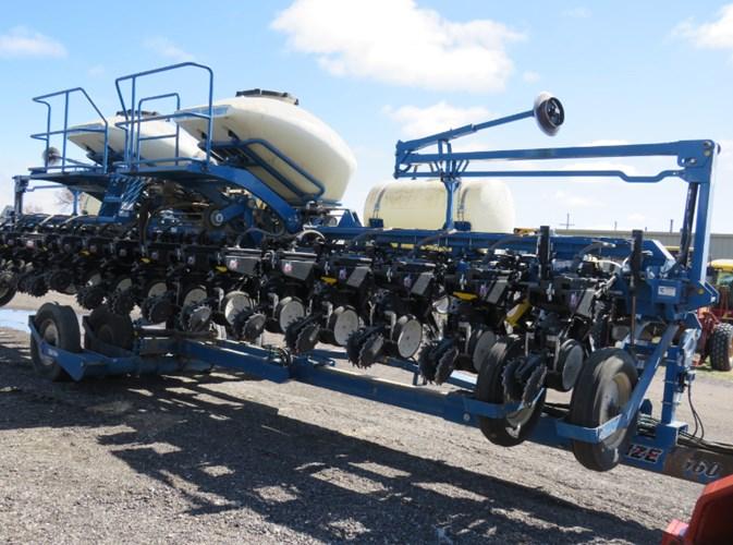 2013 Kinze 3630 Planter For Sale