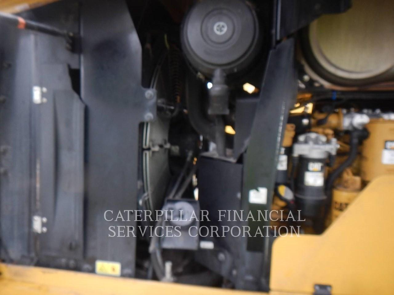 2017 Caterpillar 938M Image 18