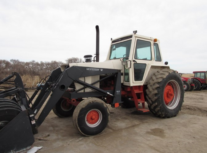 1977 Case 1370 Tractor For Sale