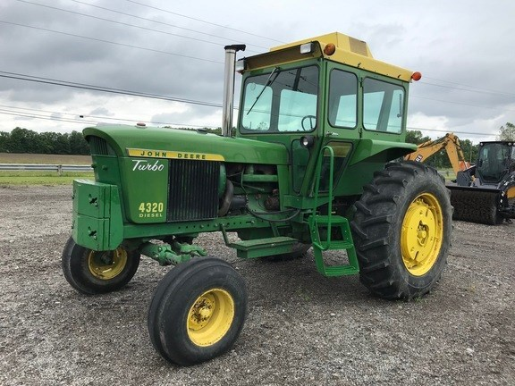 John Deere 4320 Tractor - Compact Utility For Sale