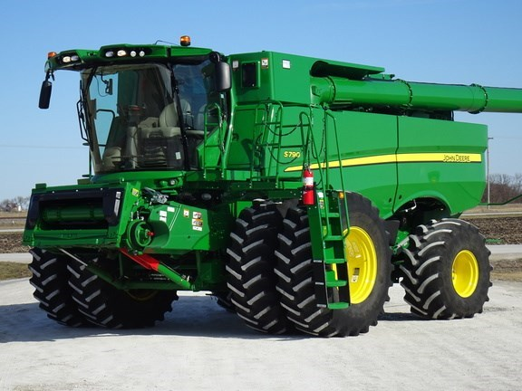 2020 John Deere S790 Combine For Sale