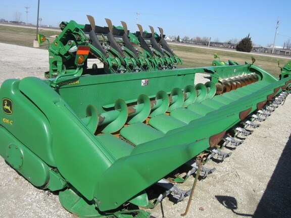 2014 John Deere 616C Header-Corn For Sale
