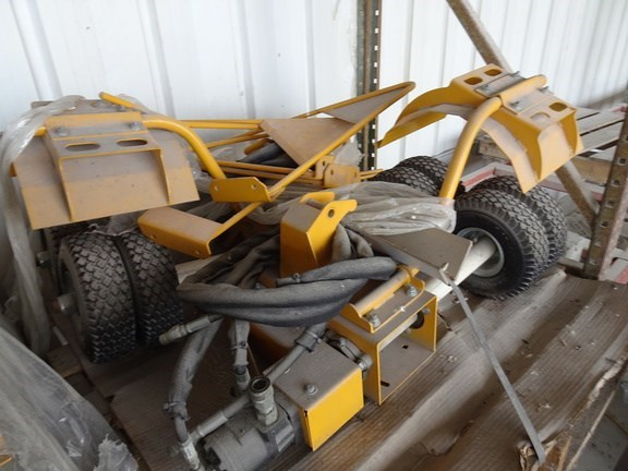 Oxbo International Corporation PULLERS Misc. Ag For Sale
