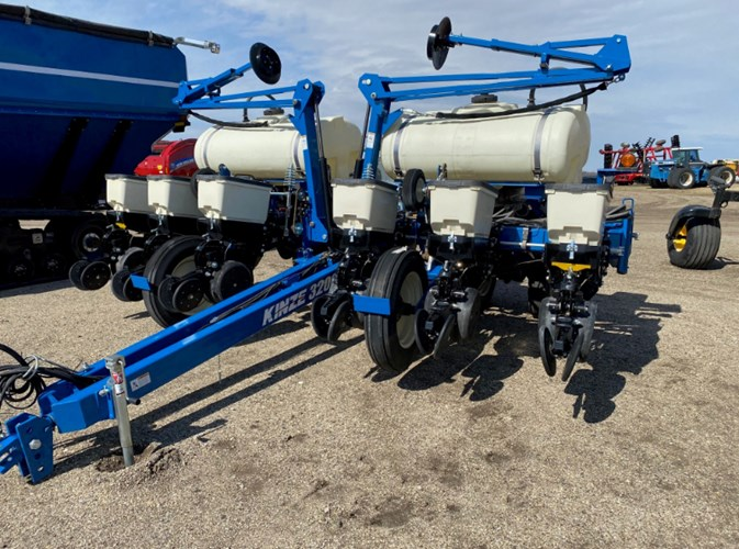 2019 Kinze 3200 Planter For Sale