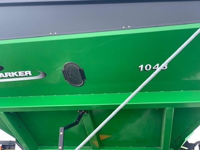 2010 Parker 1048 Grain Cart For Sale